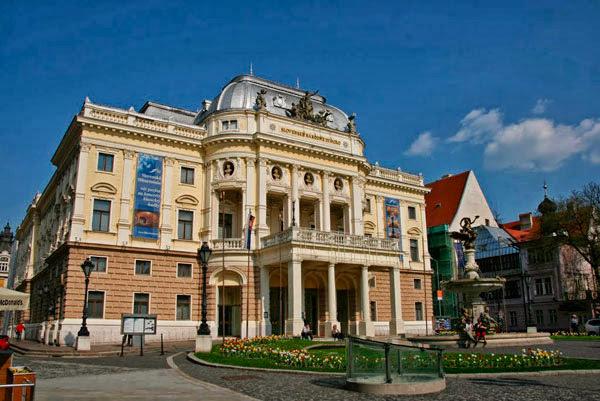 Antiguo Edificio del Teatro Nacional Eslovaco