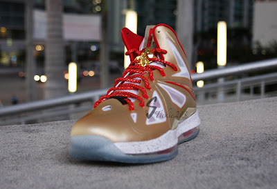 nike lebron 10 pe championship gold 6 06 Nike LeBron X Ring Ceremony PE   Pics & Video by Stickie213