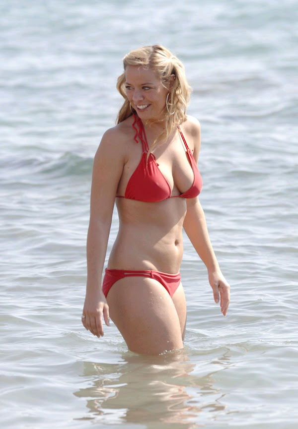 Liz McClarnon Beach Candids:celebrities,sex beach0