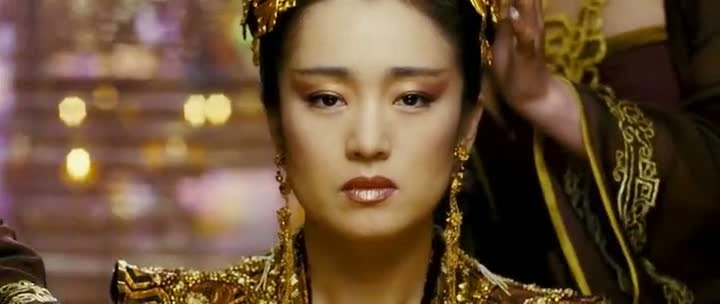 Screen Shot Of Hollywood Movie Curse of the Golden Flower (2006) In Hindi English Full Movie Free Download And Watch Online at alldownloads4u.com