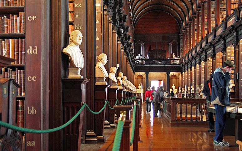 1.+Trinity_College_Library-long_room