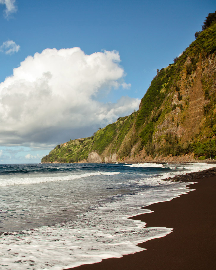 Muliwai Trail BIg Island (15 Best Hikes in the US).