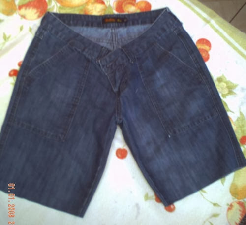 como transformar calça jeans em bermuda tie dye