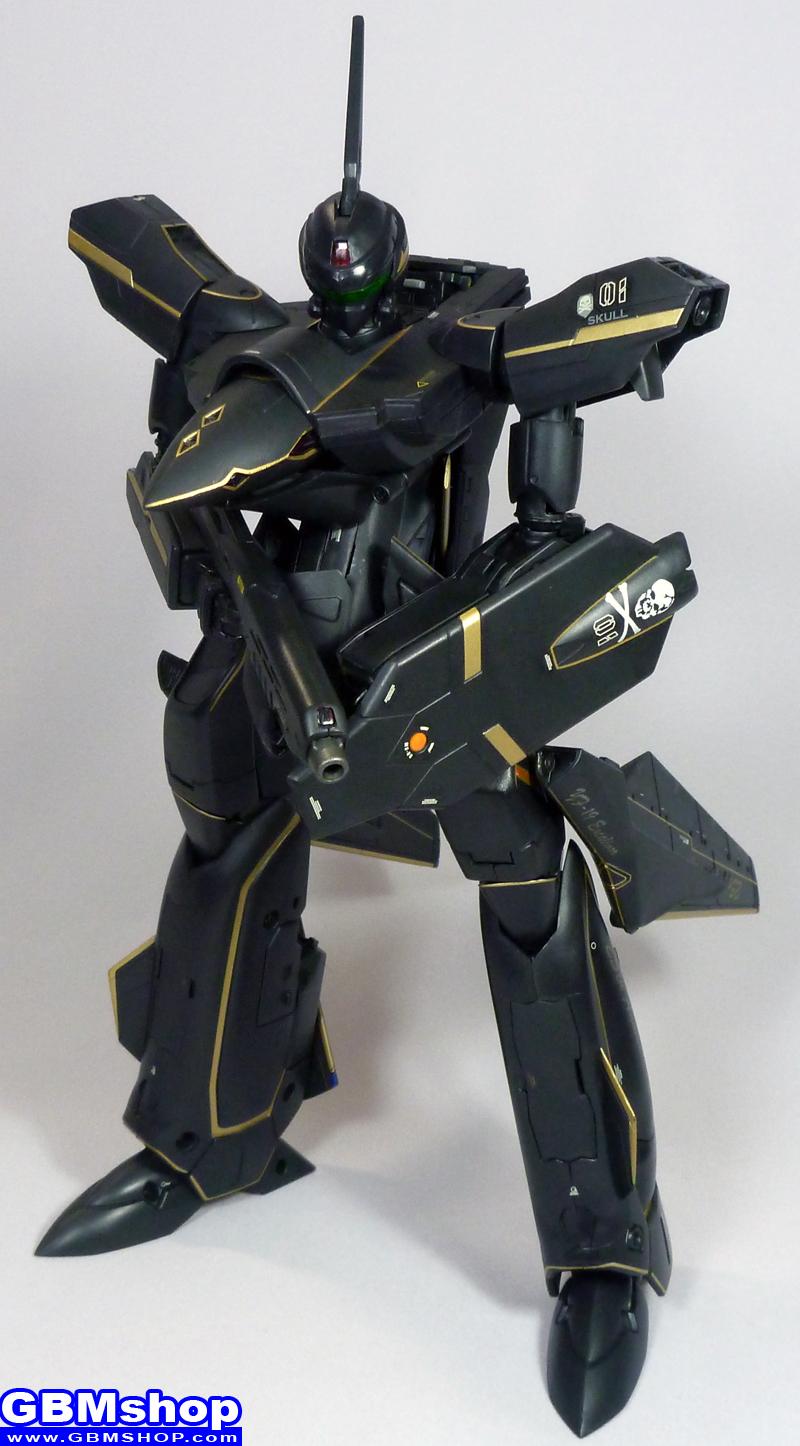 Macross VF-X VF-19A Black Excalibur Battroid Mode