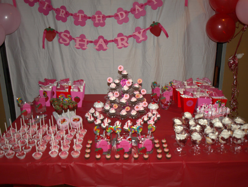Juneill 39 s parties sweets march 2011 for 18th birthday decoration ideas