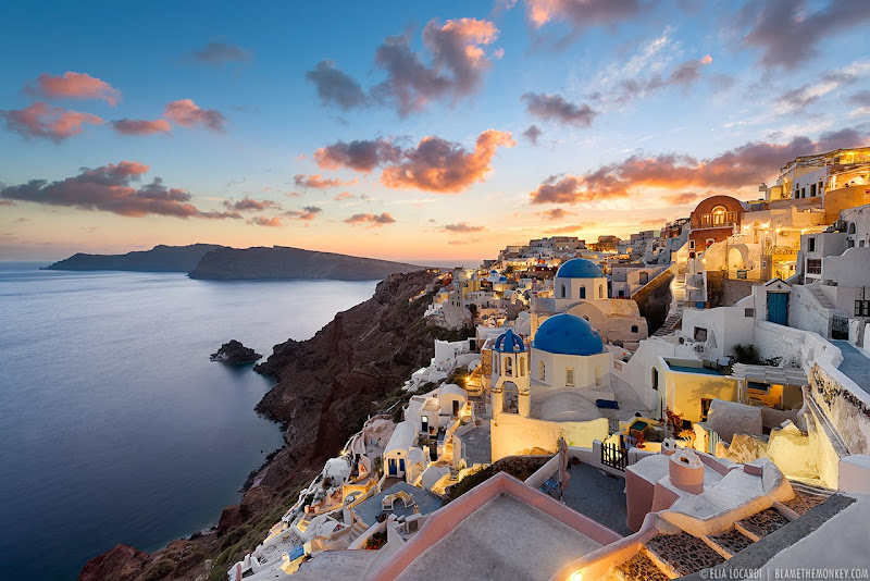 An astoundingly beautiful sunset in Oia Santorini, one of the most beautiful places on Earth. Photographer Elia Locardi
