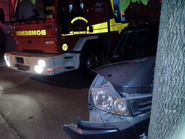 Dos accidentes en la zona sur, uno con una camioneta que chocó y se fugó