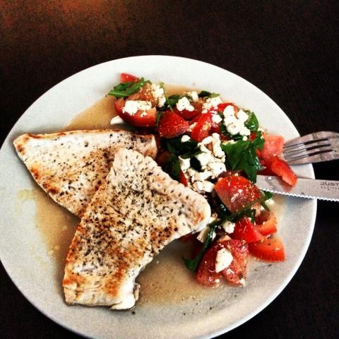 mein kulinarisches südtirol truthahnschnitzel mit tomaten