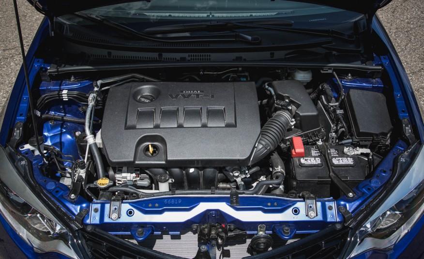 Động cơ của Toyota Corolla 2016 cơ bản mạnh mẽ và tiết kiệm nhiên liệu