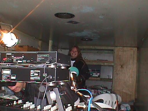 Dolfijne Productions - Levenslijn 4x4 Neeroeteren 22-03-1998 - Promo Team 1.JPG