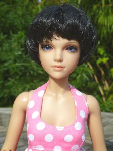 Alice (Leona JID Iplehouse) en cure de remise en forme (p 2) Essai%2520perruques04