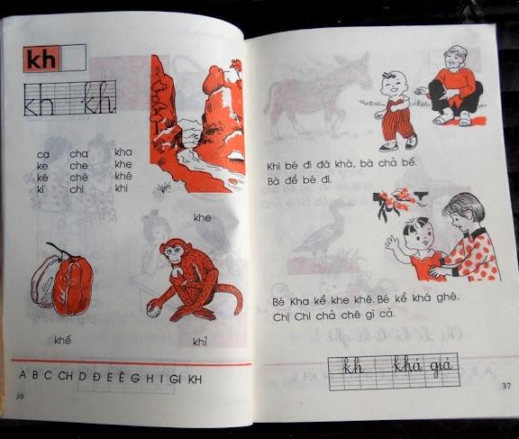 Sách giáo khoa tiểu học cũ - nơi lưu giữ từng trang ký ức DSCN3258