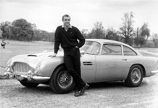 Aston Martin dans James Bond