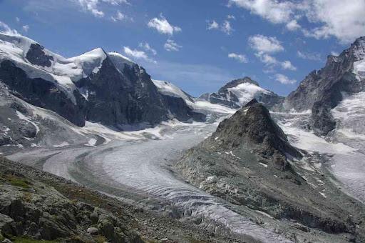 Avant la périlleuse descente sur le glacier de Zinal