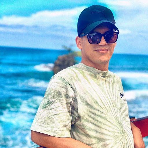 Alejandro Cisneros
