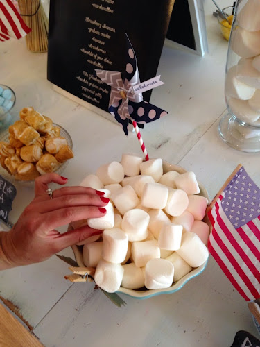 Marshamallows with American flag, Smores, Gourmet s'more party