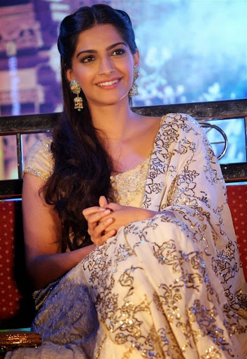 50 Best Sonam Kapoor Wallpapers And Pics 2018 Photoshotoh