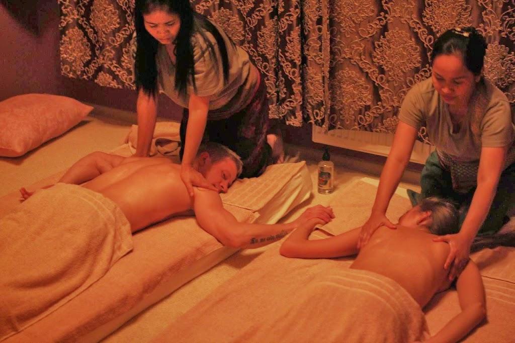 Эротический массаж с тайцами реальный секс массаж русское видео