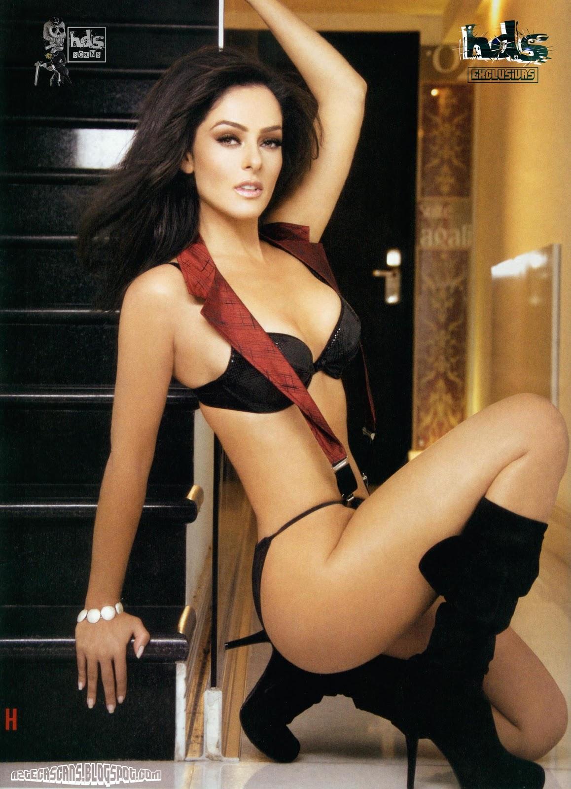 Andrea Garcia desnuda en la revista H ~ .