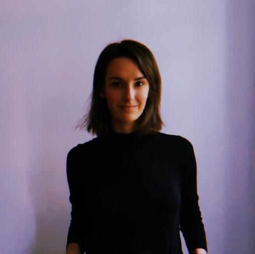 Anna Marshall