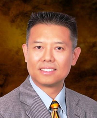 Cậu bé bán thuốc lá dạo ở Việt Nam trở thành nhà khoa học tài giỏi ở Mỹ