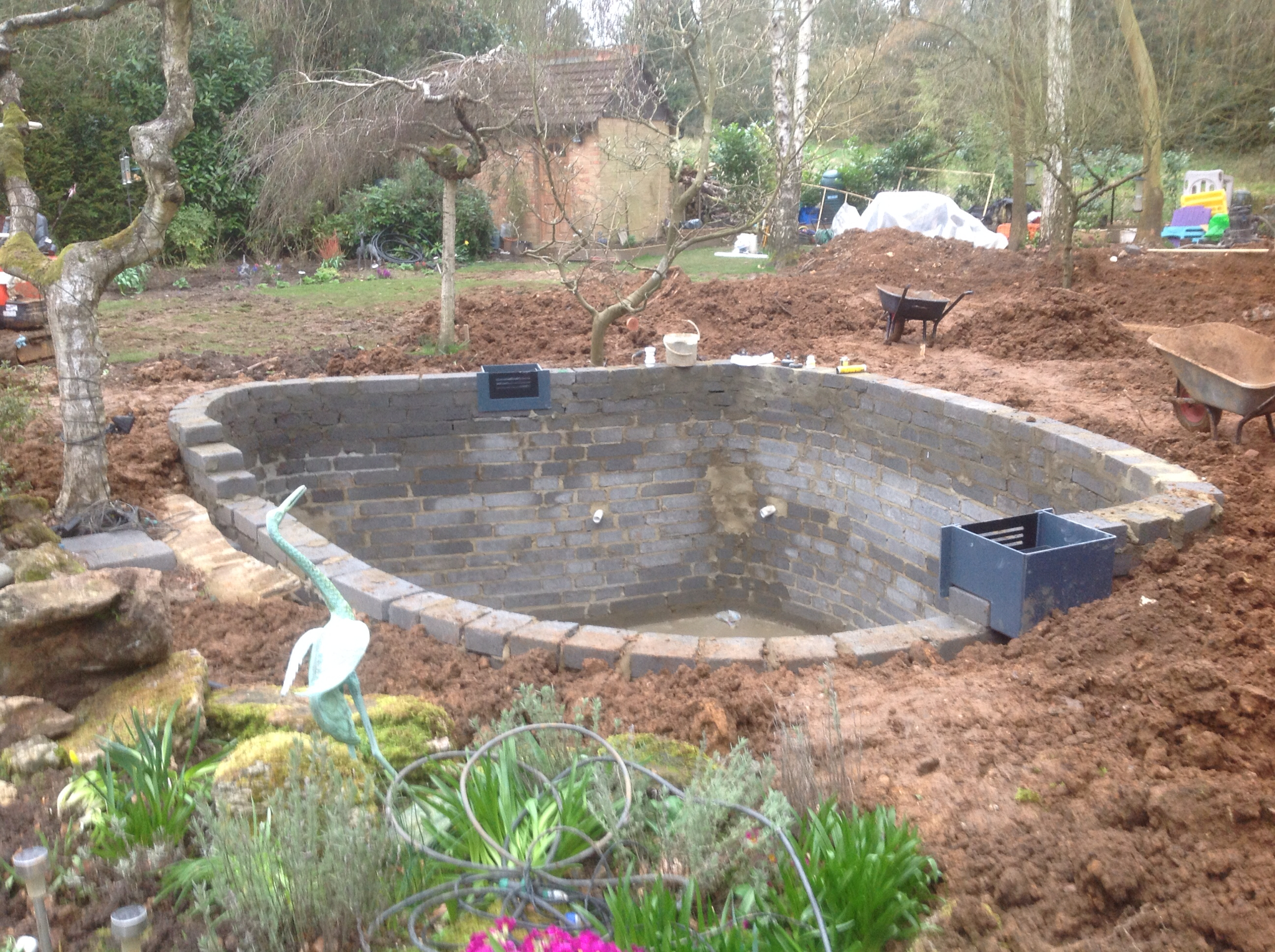 Mark Hobden Main Koi Pond Build Filter House Pipework