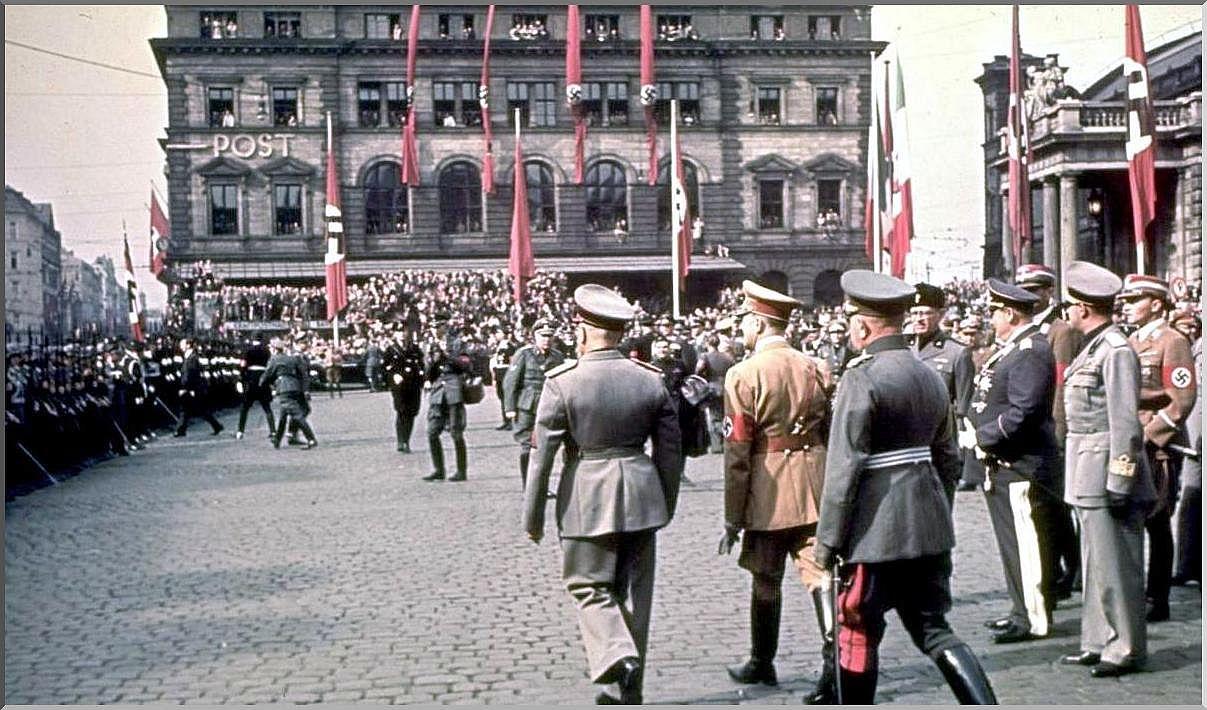 World War 2 Nazi Color Keyword Data - Related World War 2 Nazi Color