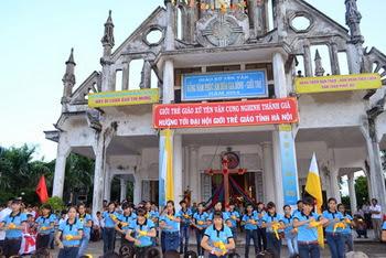 Giáo xứ Yên Vân vui mừng cung nghinh Thánh Giá đại hội Giới Trẻ