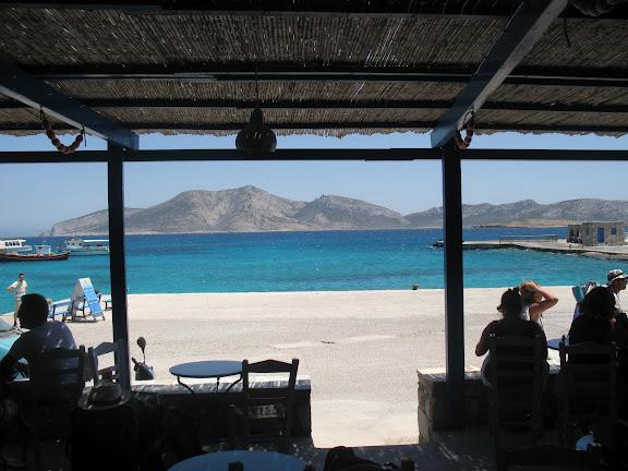 Taberna en el puerto de Pano Koufonissi