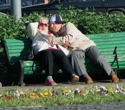 фото секс стариков с молоденькими