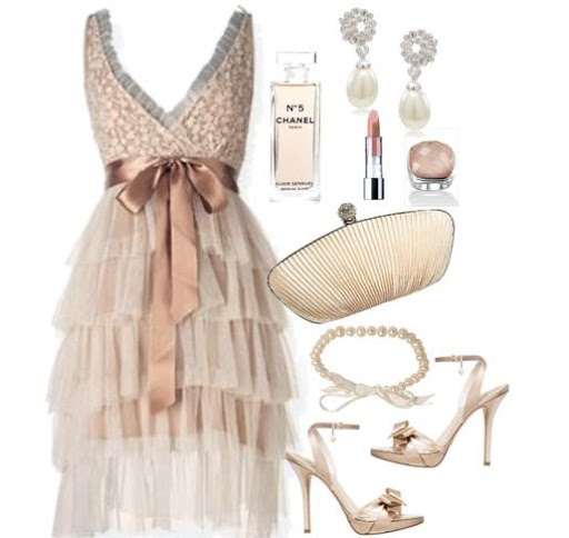 pudra kıyafet