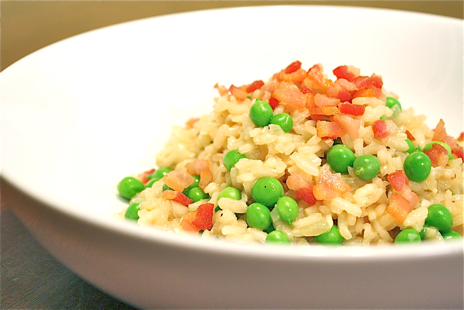 Living on Pure Land: Fresh pea and bacon risotto