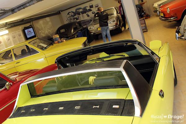 Kolekcja zabytkowych samochodów w Pępowie