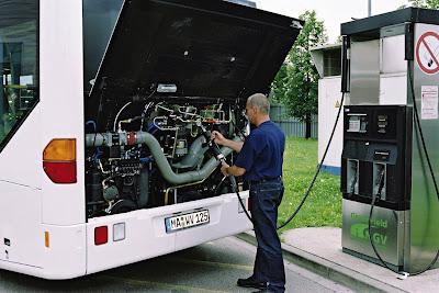 Mercedes Citaro 12 CNG - tankowanie pojazdu (gaz ziemny, metan, biogaz)