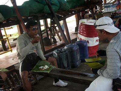 Nasi Bungkus Padang Bay 1.jpg