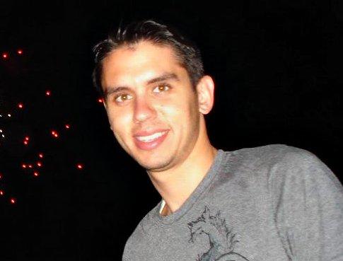 Enrique Valdes