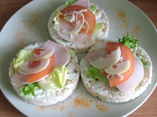 Kanapki z wafli ryżowych