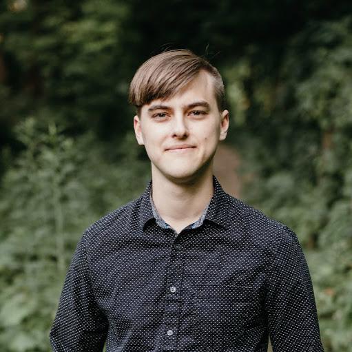 Elliot Johnson Photo 38