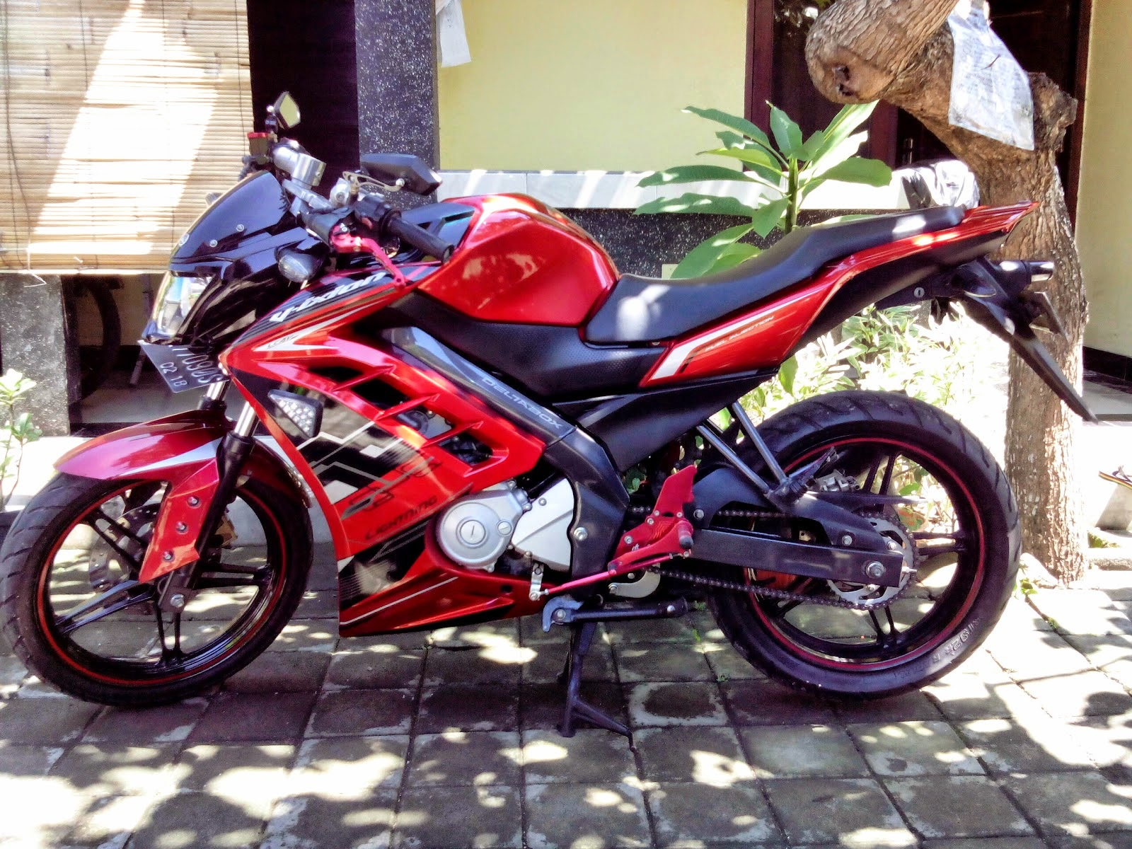 modifikasi vixion lightning street fighter