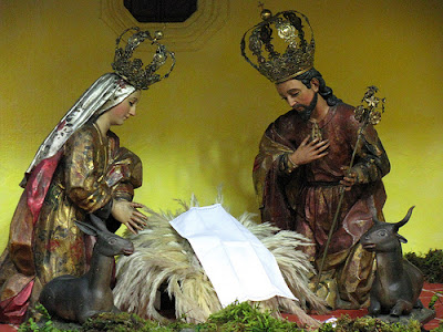 The Holy Family comes to Flores, Guatemala