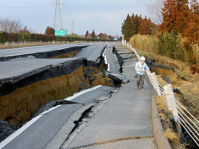 Japan Tsunami Photos 7