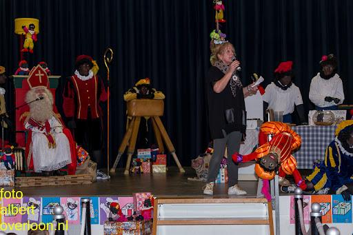 Intocht Sinterklaas overloon 16-11-2014 (56).jpg