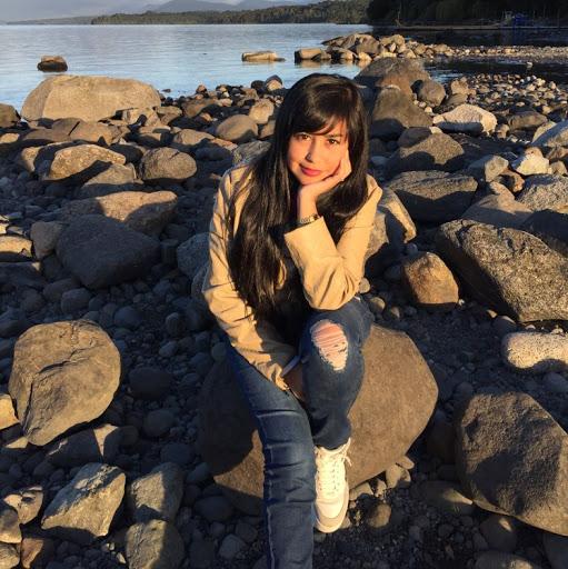 Karen Jaramillo Photo 17