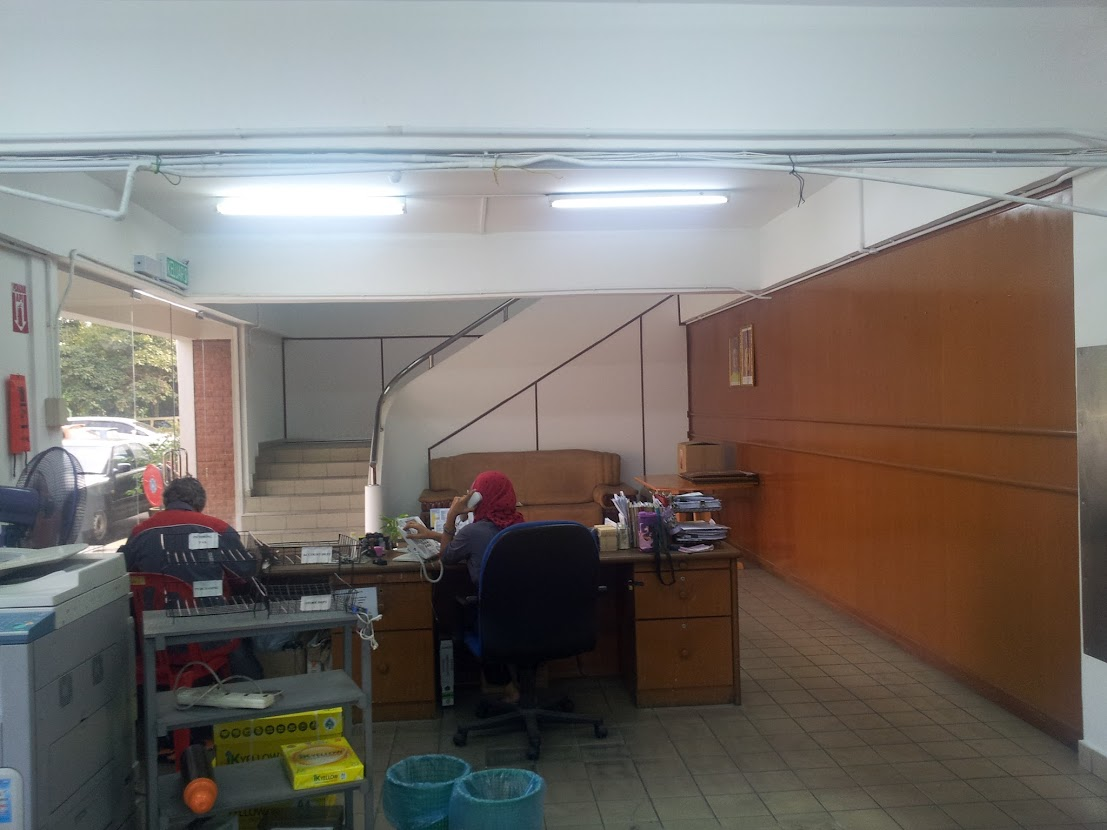 reception area before renovation