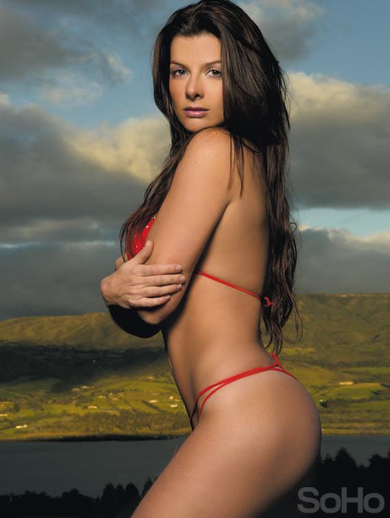 Latinas naked video