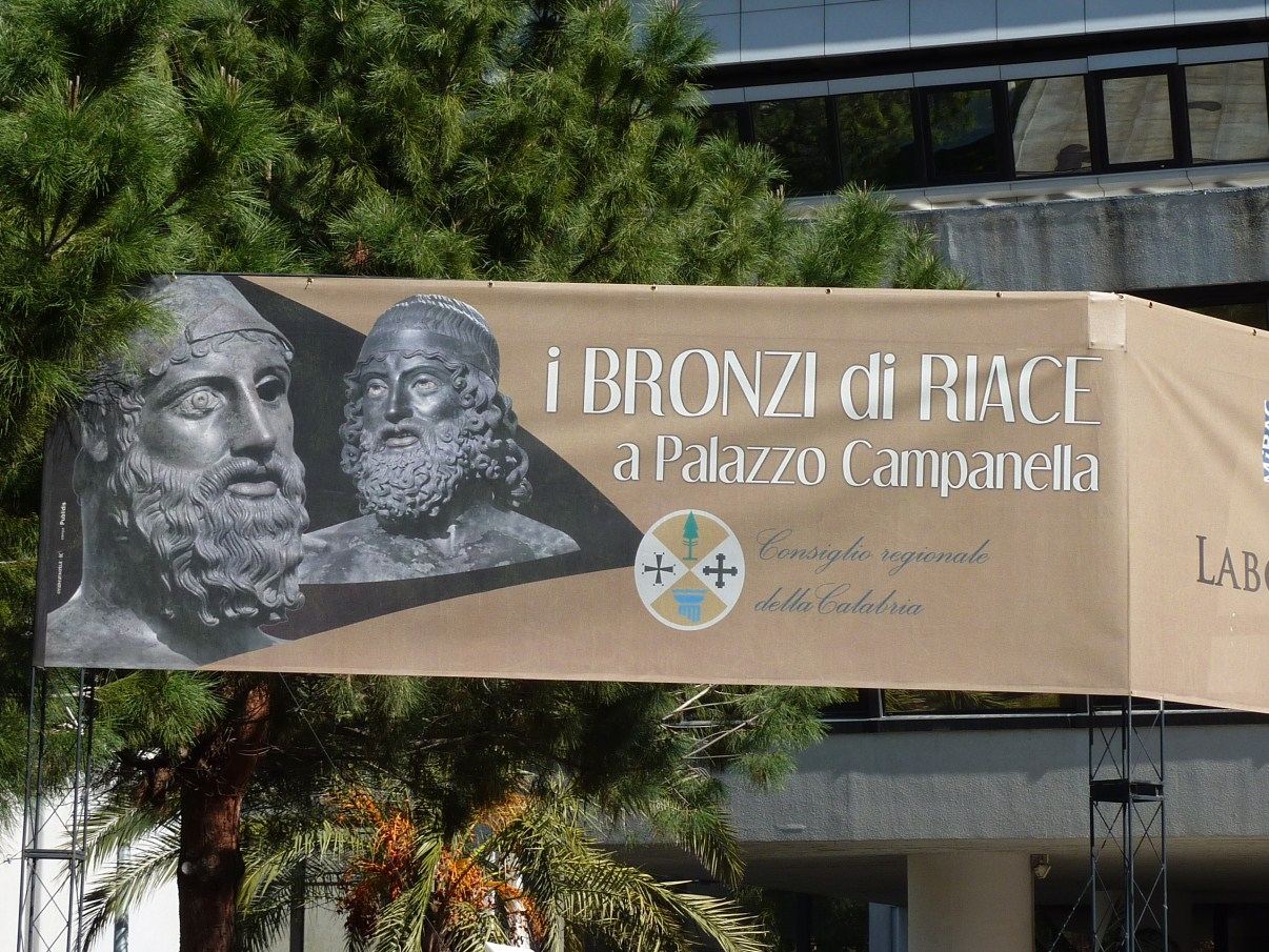 The Road Goes Ever On: Reggio Calabria and the Bronzes