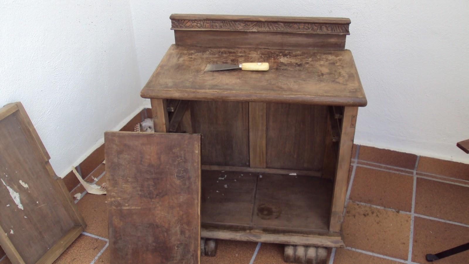 Decorocomoloko decorar un mueble con decoupage - Decoupage con servilletas en muebles ...