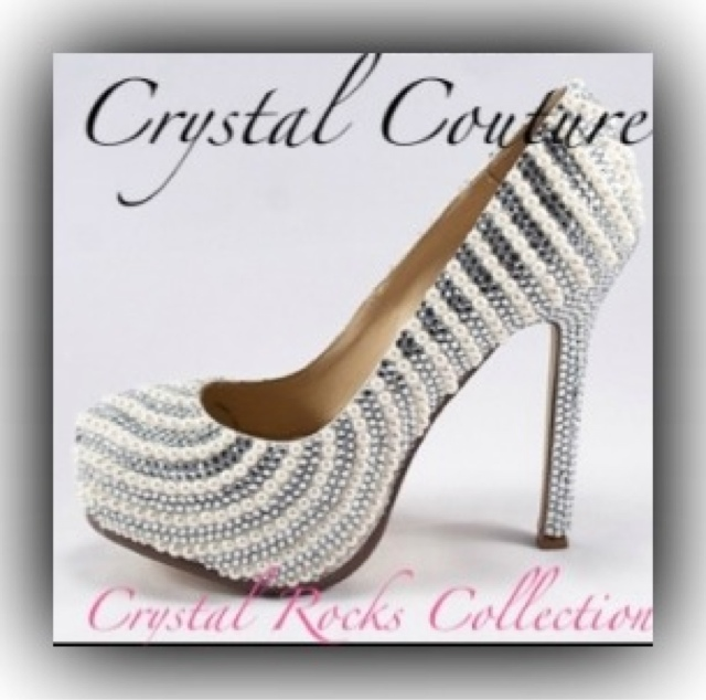 Vintage Wedding Dresses Bristol: Crystal Coutures New 2012 Lilly & Lace Vintage Bridal