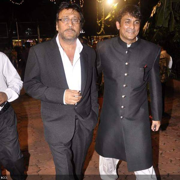 Jackie Shroff with Ajinkya Deo at Ramesh and Seema Deo's 50th wedding anniversary, held at ISKCON, in Mumbai, on July 1, 2013. (Pic: Viral Bhayani)