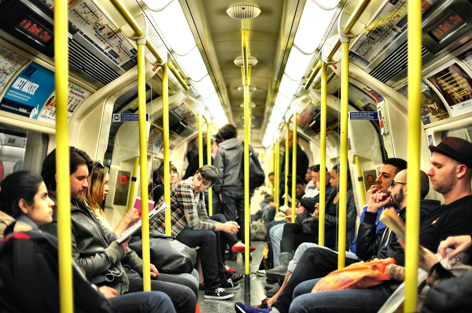 Uma das principais alternativas para o Dia Mundial sem Carro é o transporte público (Fonte: Unsplash)